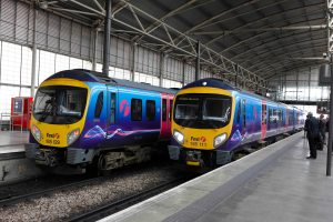 Two Transpennine trains at Leeds station